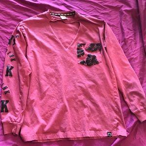 Long sleeved love pink tee